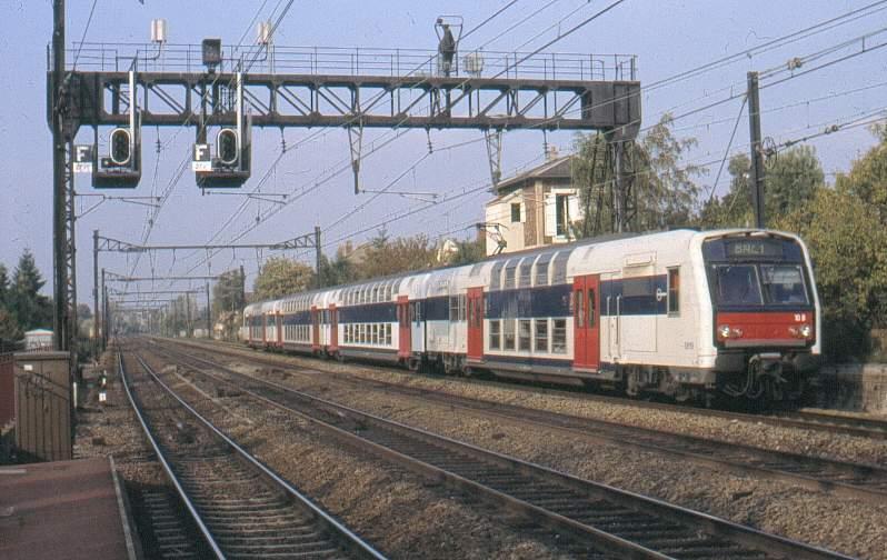 Trains du sud ouest - Piscine de saint michel sur orge ...